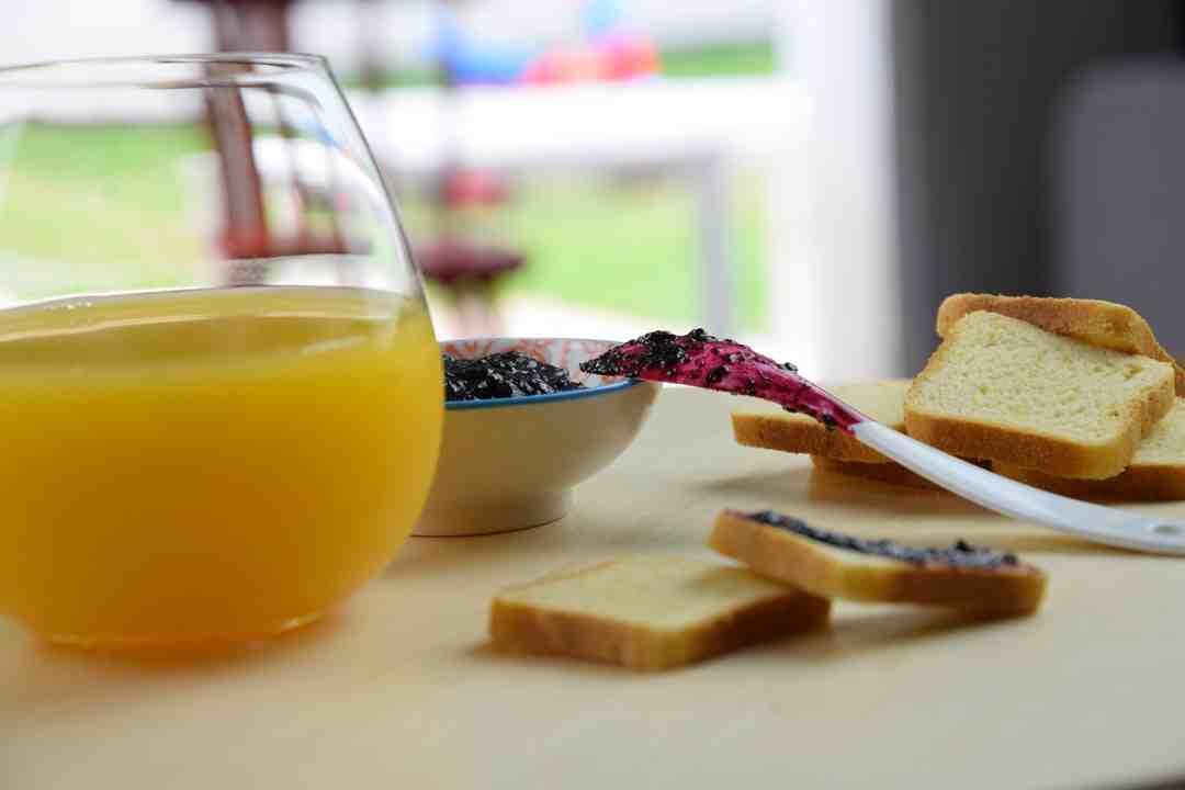 Pourquoi ajouter du jus de citron à la confiture?