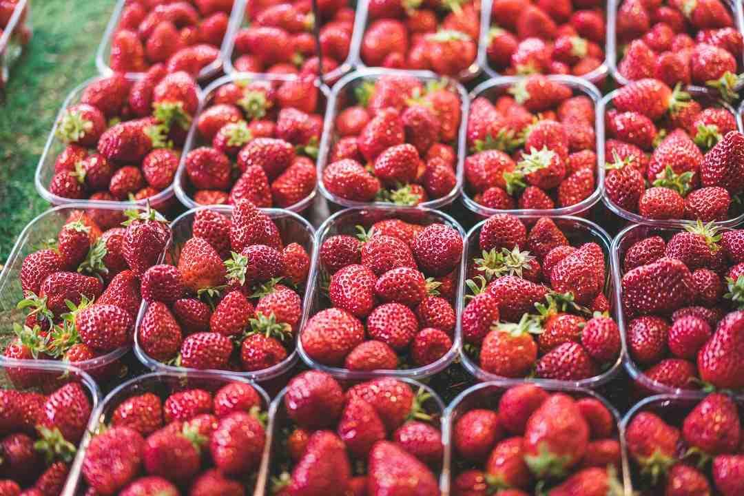 Pourquoi mettre des citrons dans de la confiture de fraises?